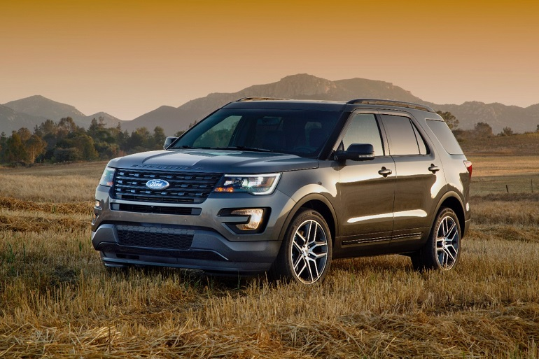 Battle of the Ford SUVs — Edge versus Explorer