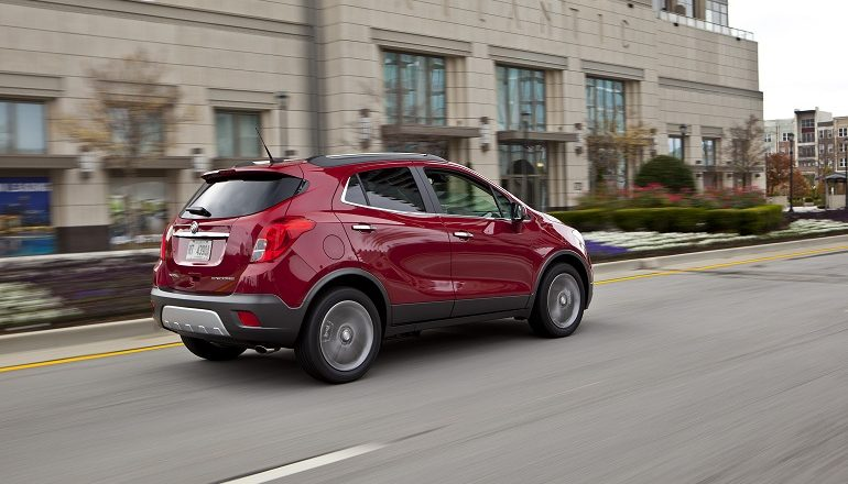review buick encore autoblog interior reviews